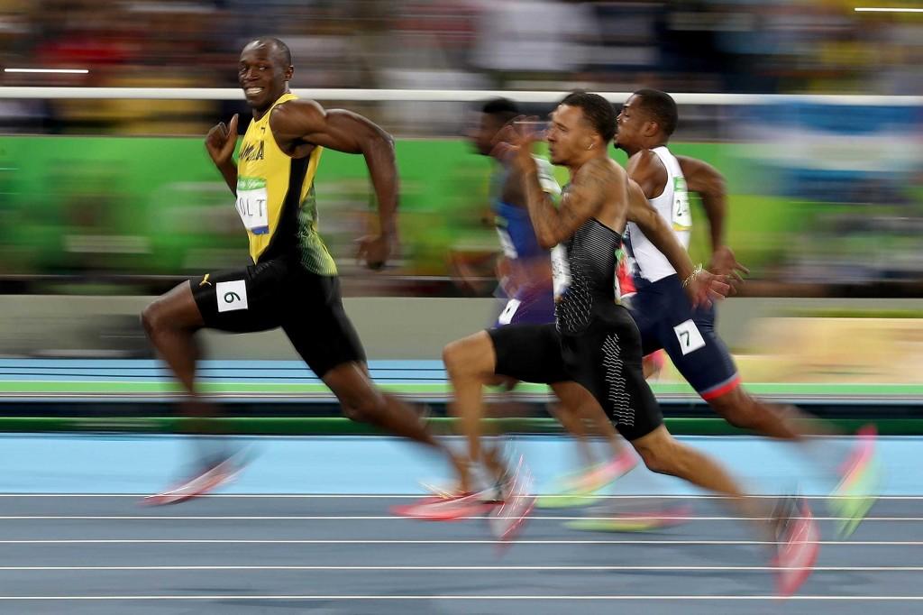 Usain-Bolt-smiling-100-meter-dash-rio-olympics
